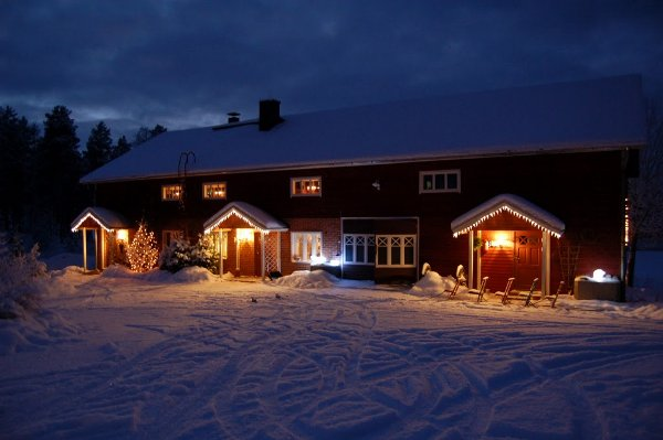 Holiday apartments by lake P�ij�nne - winter